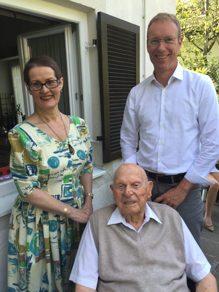 Ralf Petzold mit dem ältesten Mann Deutschlands